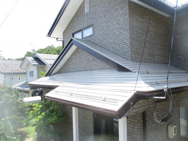 長野市 屋根塗装、雪止め・雨樋板金工事