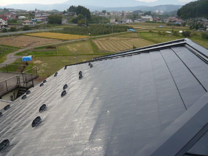 飯綱町トタン屋根塗装工事