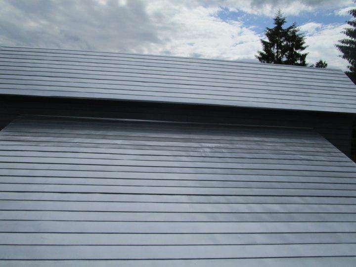 栂池高原 スキークラブ屋根塗装工事