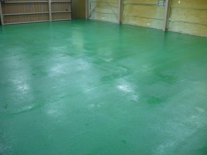 長野市テナント床防塵塗装工事