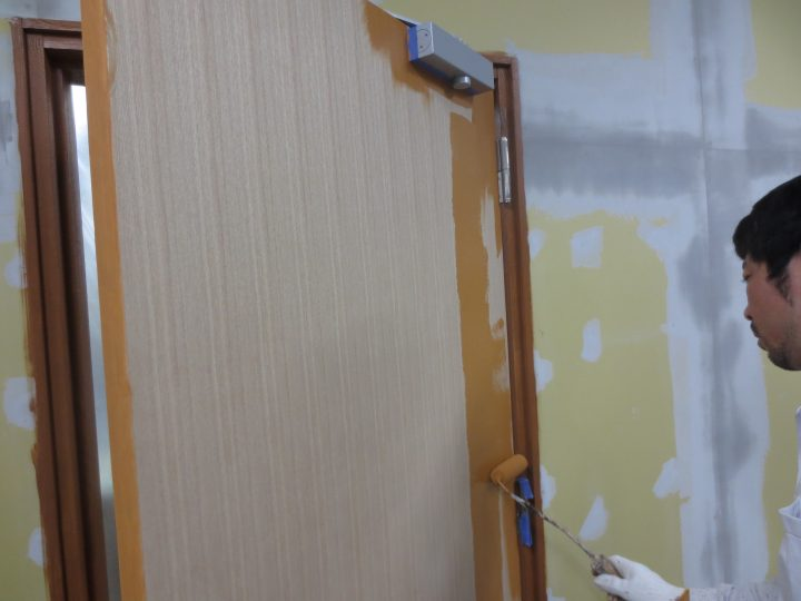 ドアパネル塗装