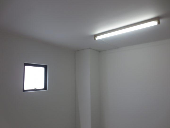 長野市 テナント階段室塗装工事
