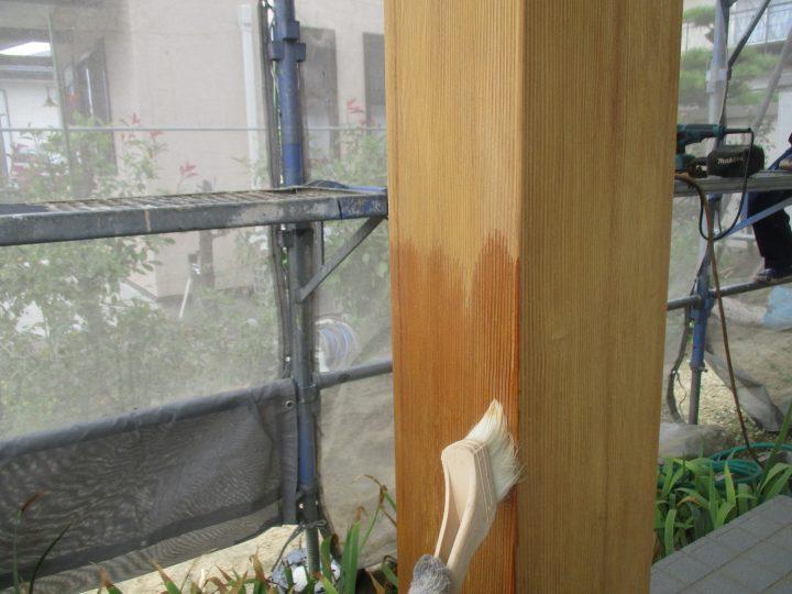 玄関柱塗装