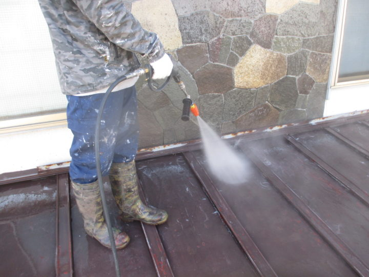 下屋根/高圧洗浄