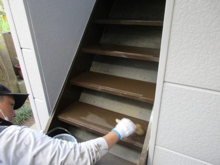 階段塗装(木)