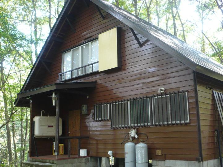 信濃町大学村 Y様 別荘外壁塗装工事(木部塗装工事)