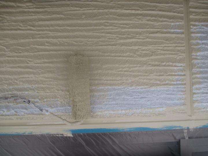 外壁(単色部)上塗り