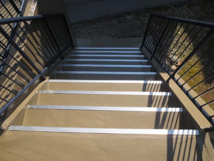 千曲市O様 ベランダ・階段防水工事